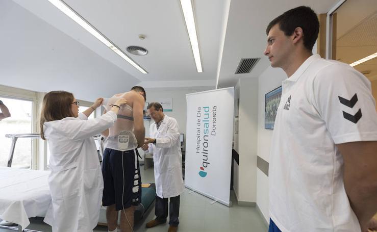 Pardina y Oroz pasan el reconocimiento médico