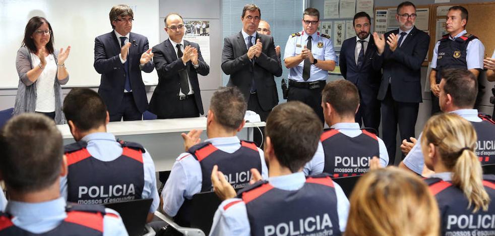 Los Mossos ven «extraño» y «miserable» el comunicado de la Policía y la Guardia Civil