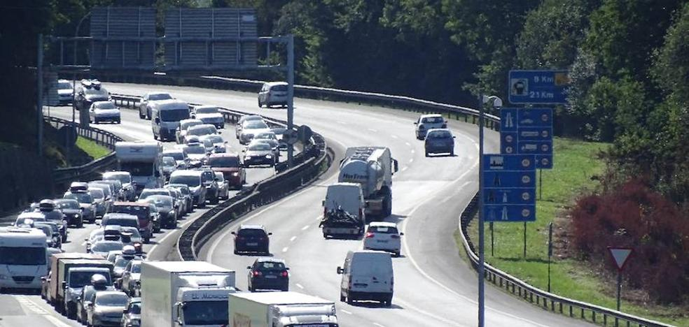 Bidegi prevé el paso de 162.000 vehículos por Irun entre este jueves y el domingo