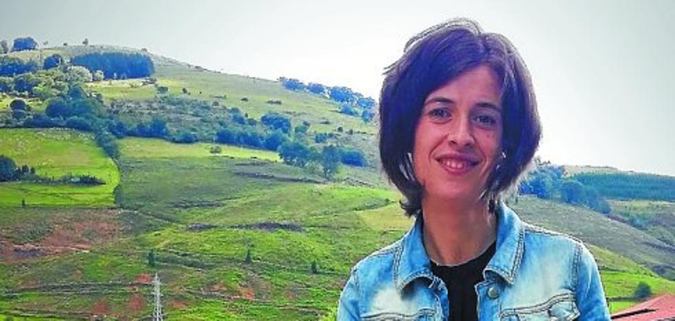 Miren Garate Zendoia (Escritora de 'Ekaitzaren zipriztinak'): «No hay que saber de economía para leer el libro, la crisis ha llegado a todos»