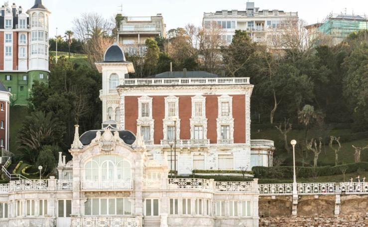 Seis viviendas de lujo en villa Almudena