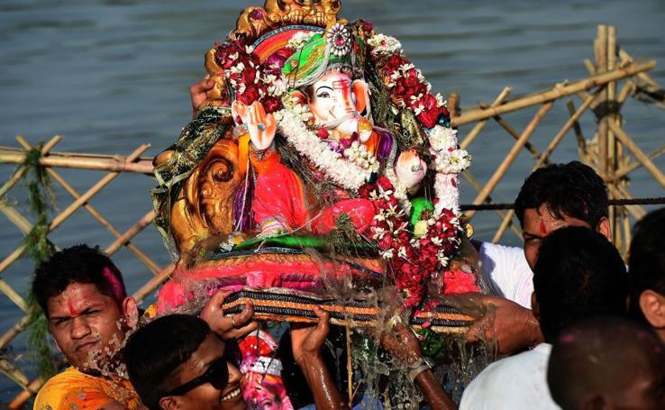 Colorido Ganesh Chaturthi