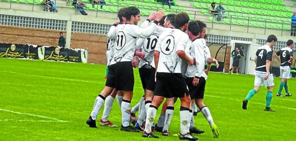 Zarautz KE inicia la Liga hoy en Tolosa