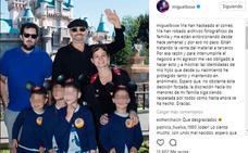 Miguel Bosé muestra una foto de sus cuatro hijos para evitar ser chantajeado