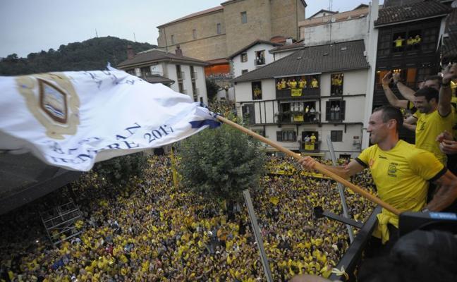 Amarillo hasta la bandera