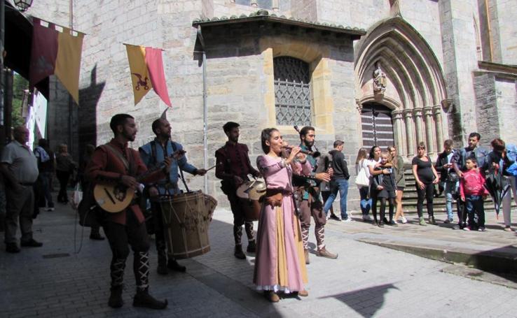 Segunda jornada de la Feria Medieval de Mondragón