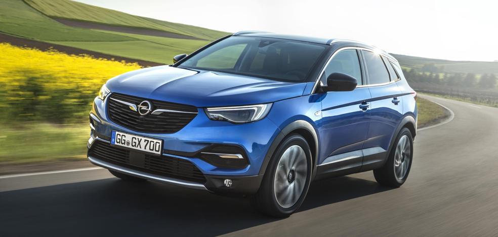 Opel anuncia el primer híbrido enchufable