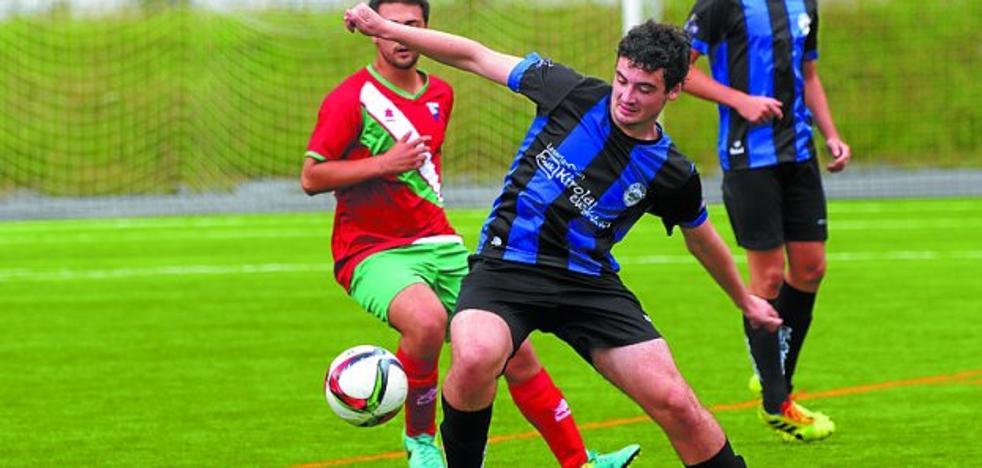 El Ostadar de fútbol, cuarto en Andoain y campeón en Urnieta