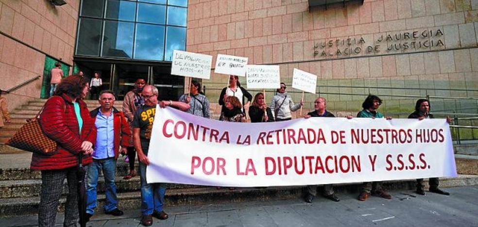 Sos Desamparos pide la devolución de sus hijos