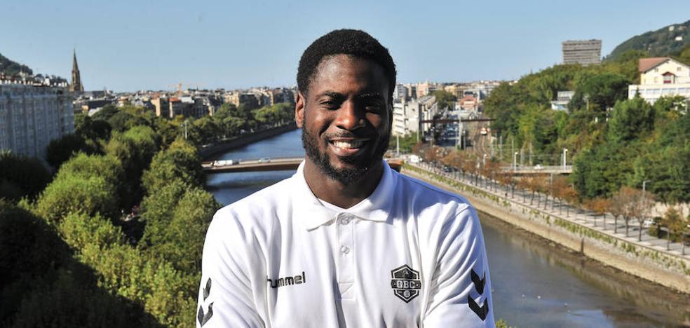 Fakuade: «Estoy muy agradecido a Porfi por firmar con el GBC»