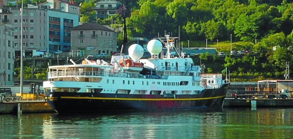 El crucero de lujo 'Serenissima' recala en Pasaia con pasaje británico