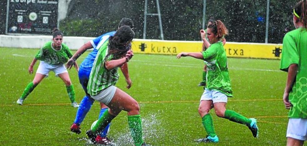 El sénior femenino de fútbol debutó con derrota ante el Tolosa en Zubipe