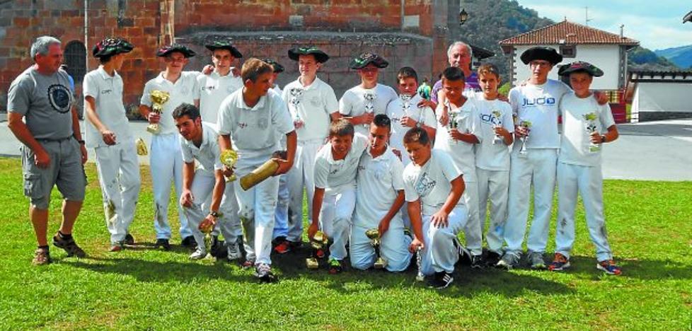 El domingo se disputan las finales de categoría infantil y juvenil de laxoa