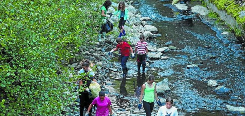 Invitación para limpiar el río Urola