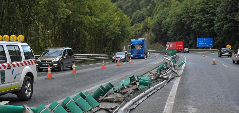 El accidente de otro camión obliga a cortar de nuevo durante horas la N-1 en Gipuzkoa