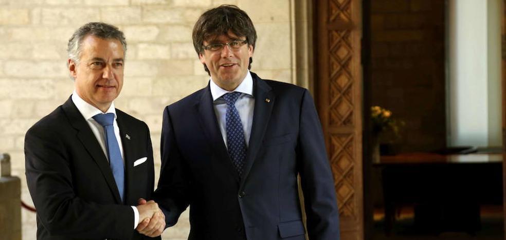 El ataque al pacto eléctrico hace aflorar los recelos entre el Gobierno Vasco y la Generalitat