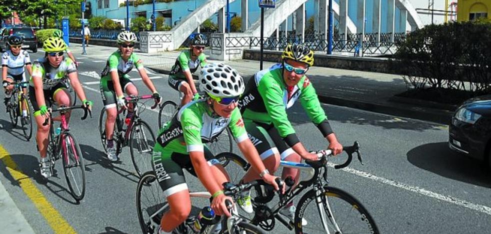 'Bizikume' llega a Arrasate para reunir a mujeres en la práctica del cicloturismo