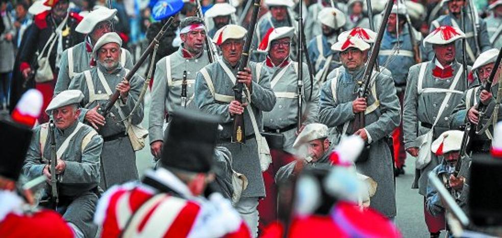 Andoain recreó la batalla entre carlistas y liberales