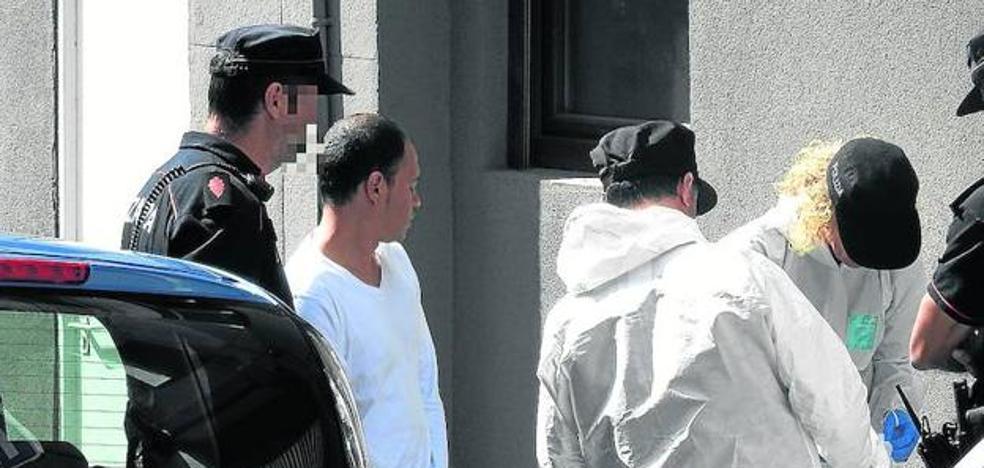 Ingresa en prisión el acusado de apuñalar a su pareja en una lonja de Bilbao