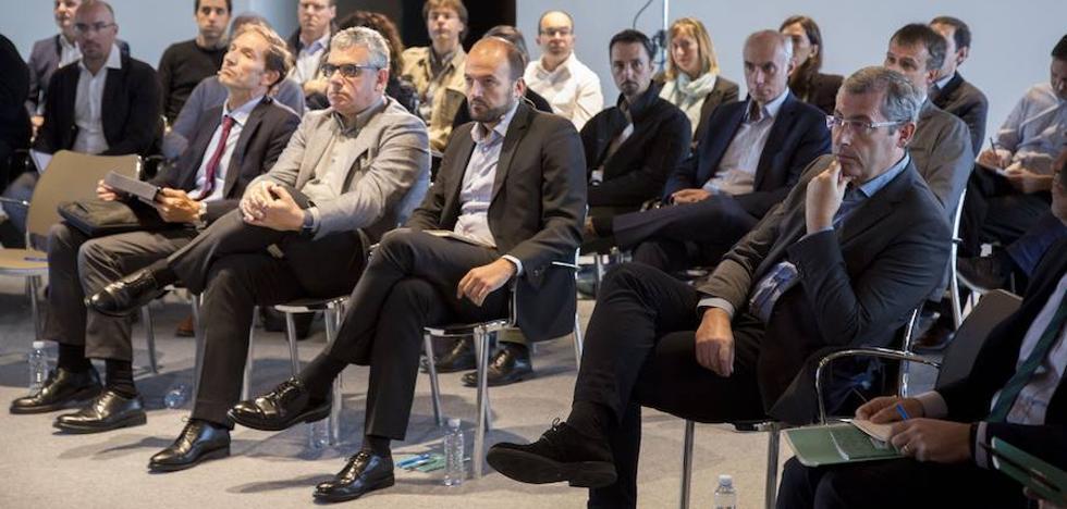 Gipuzkoa activa su estrategia para erigirse en referente en movilidad eléctrica