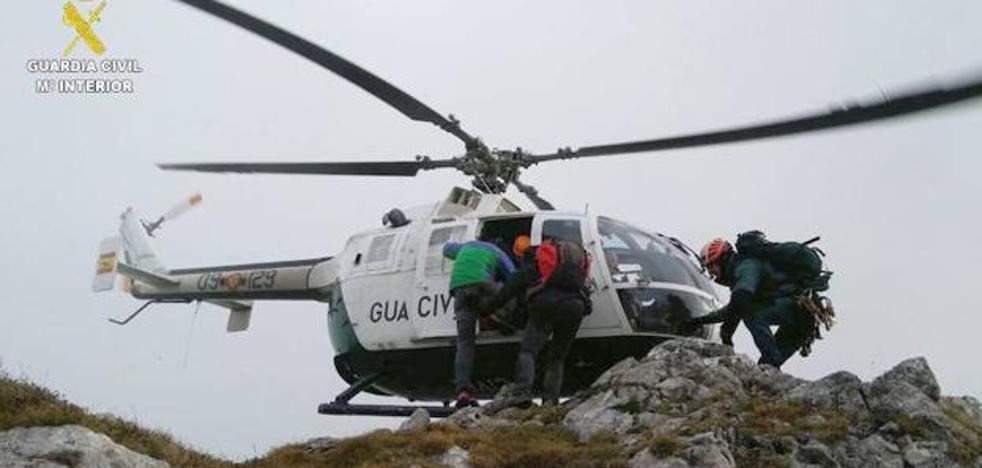 Rescatado un montañero de Elgoibar tras caer 30 metros en un pico de Léon