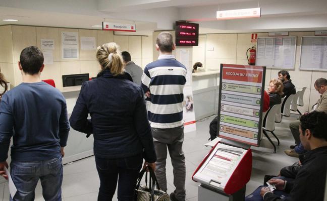 El Gobierno eleva hasta un 7,75% la subida salarial de los funcionarios hasta 2020
