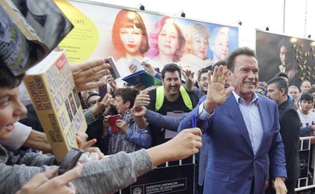 Schwarzenegger iluminó el Zinemaldia