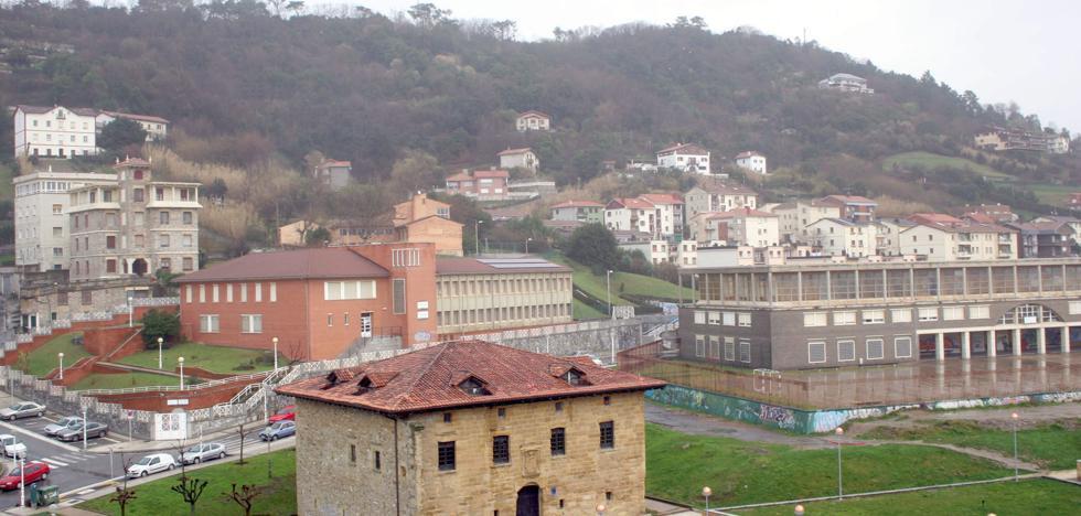 Denuncian la aprobación inicial de un «pelotazo urbanístico» en el monte Ulía