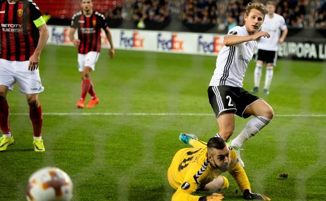 El Rosenborg bate al Vardar, que se la jugará ante la Real