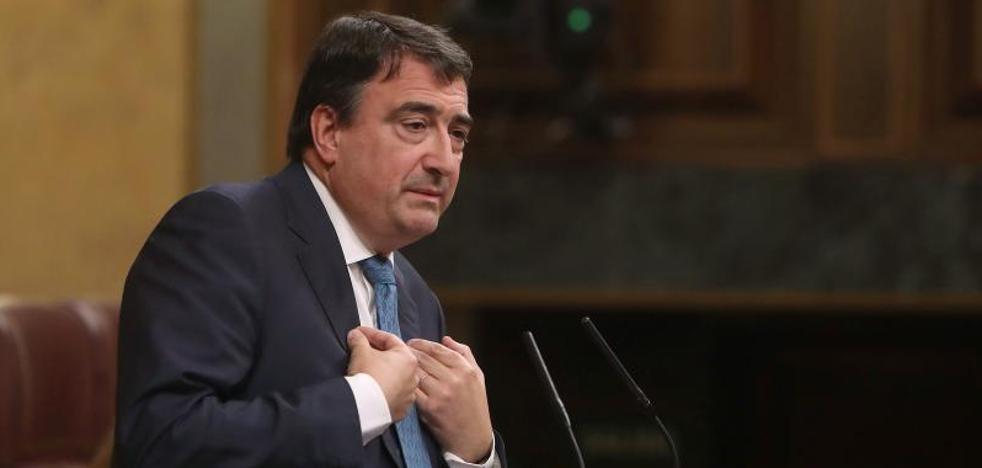 El PNV pide a Rajoy que no aplique el 155 porque «complicaría las soluciones»