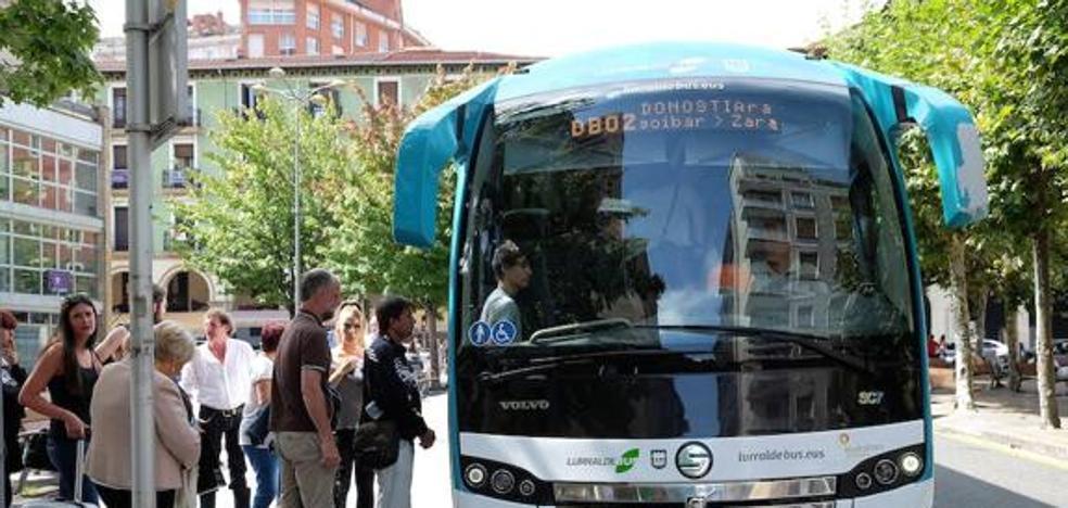 Lurraldebus incorpora mensajes de voz en sus autobuses para anunciar sus paradas