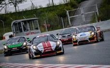 Ander Vilariño se juega el podium final en el europeo de GT4