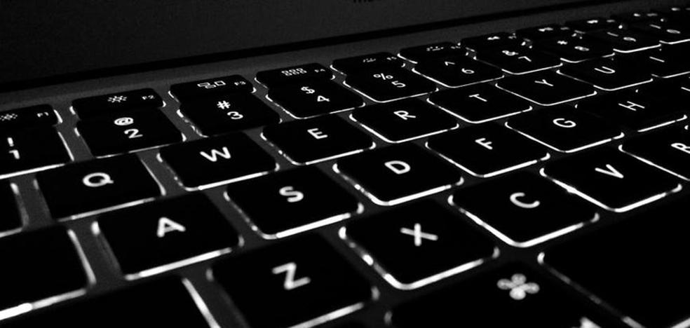 Educación lanza una web que permitirá a los padres conocer las notas y faltas de sus hijos