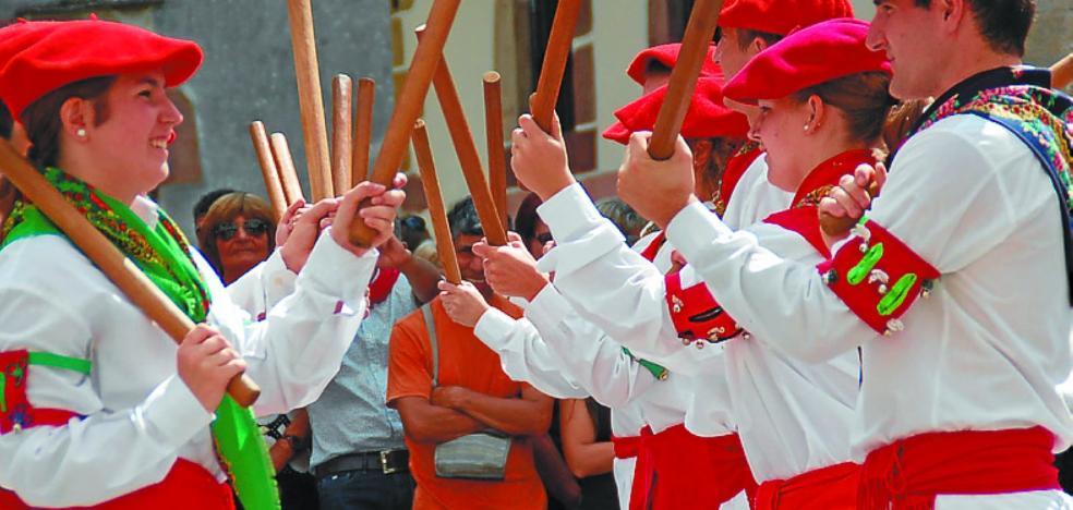 'Soinu, kanta, dantza', festival de la Banda de Música de Bera, la Coral y Gure Txokoa