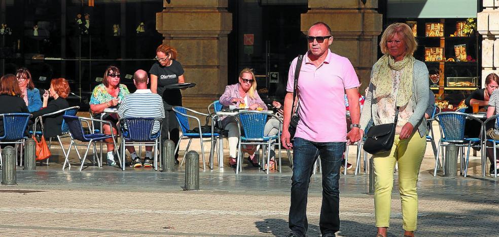 Donostia cuelga el cartel de 'completo' para este puente y Gipuzkoa roza el 80%