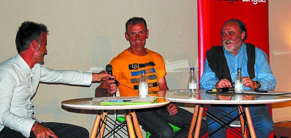Alberto Iñurrategi y el médico Xabier Leibar, el martes 17 en Kulturate
