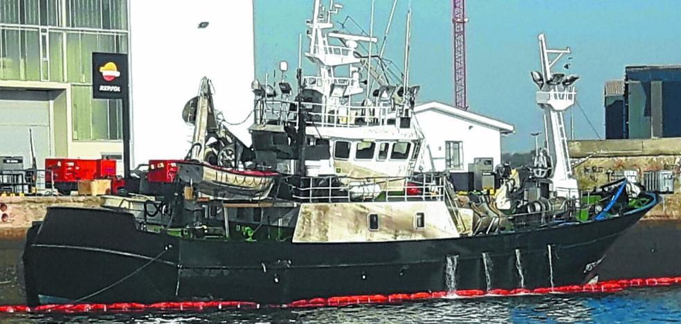 Reflotan el pesquero 'Berriz Patxiku'