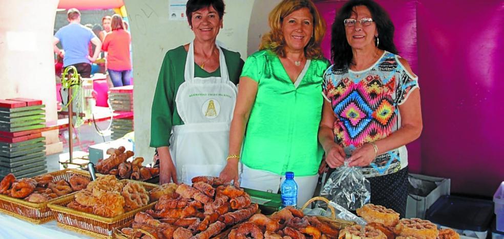 Okendo plaza acoge estos días la XV Semana Cultural de Semblante Andaluz