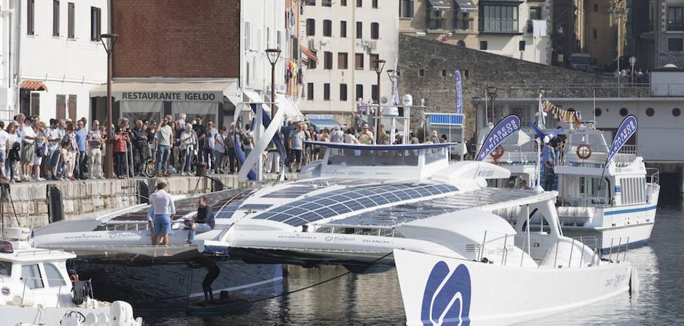 Un buque de hidrógeno recala en Donostia dentro de su gira mundial
