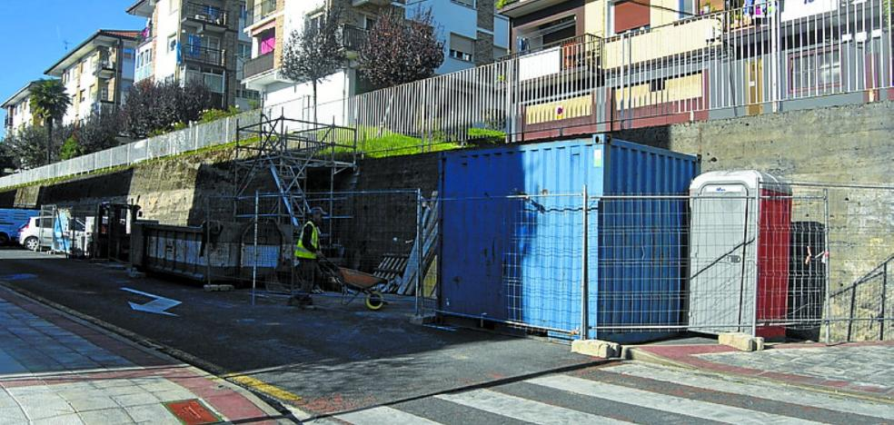 Ya están en marcha las obras para construir el ascensor de Urraka