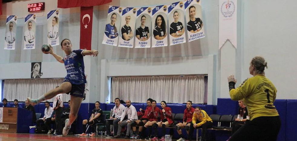El Super Amara logra un meritorio empate en Turquía (35-35)