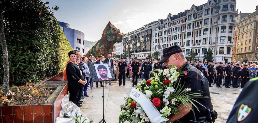 El Gobierno Vasco aclara que, pese a no ser invitado por Erne y ELA, asistió al homenaje a Aguirre