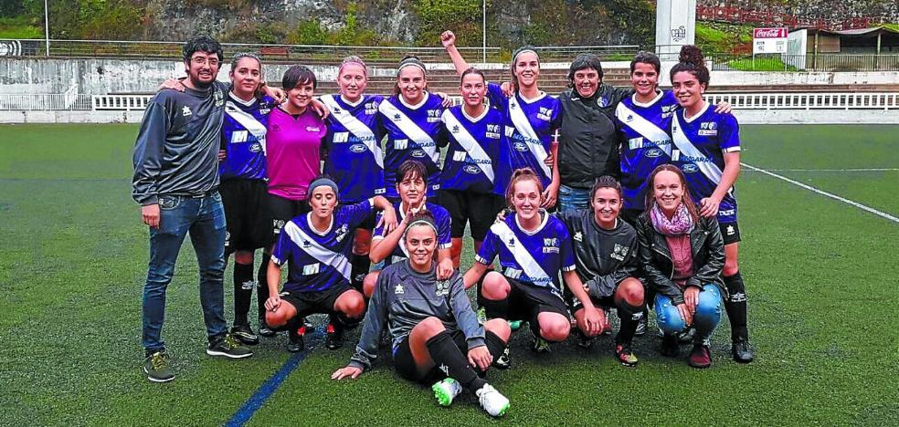Unidas por el fútbol femenino