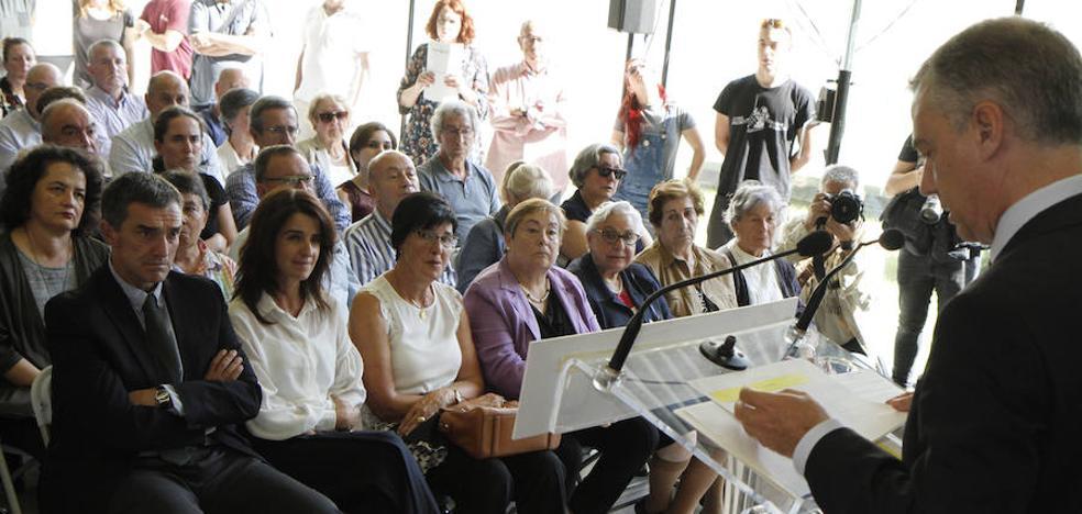 Urkullu dice que los fusilamientos de Santoña buscaban «aniquilar la pluralidad ideológica»