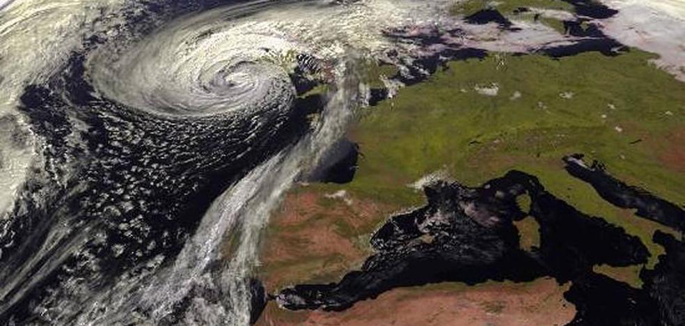 Las consecuencias del huracán Ophelia en Euskadi: noches tropicales y récords de calor