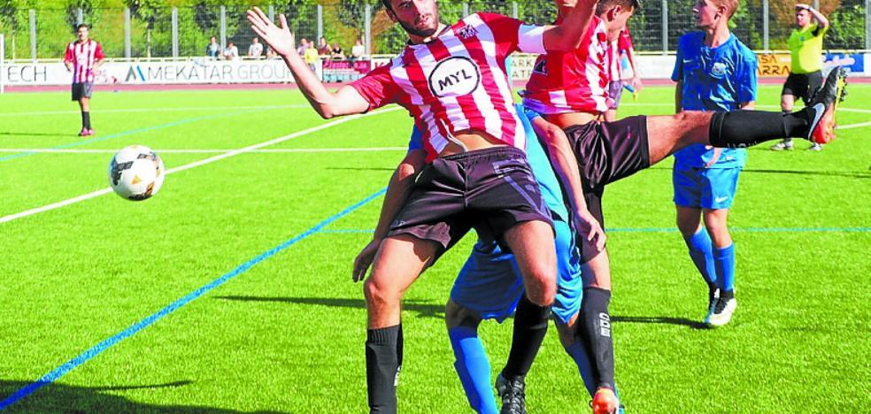 El Haundi estrenó su casillero de victorias al imponerse al Idiazabal en Mintxeta por 2-0
