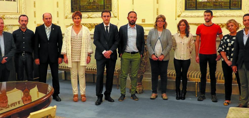 Los consistorios de Gipuzkoa dispondrán de 75 euros más por habitante que en 2011