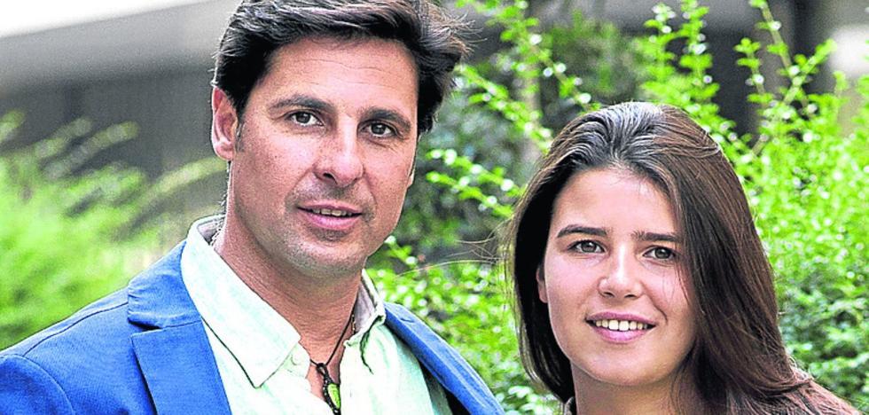 Cayetana Rivera estrena mayoría de edad posando con su padre