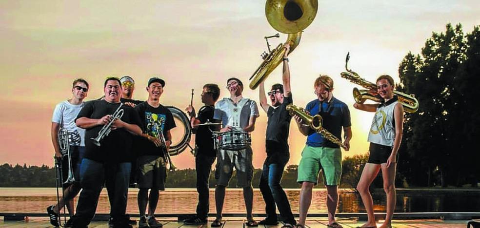 Quedan pocas entradas para el concierto de Youngblood Brass Band en Psilocybe