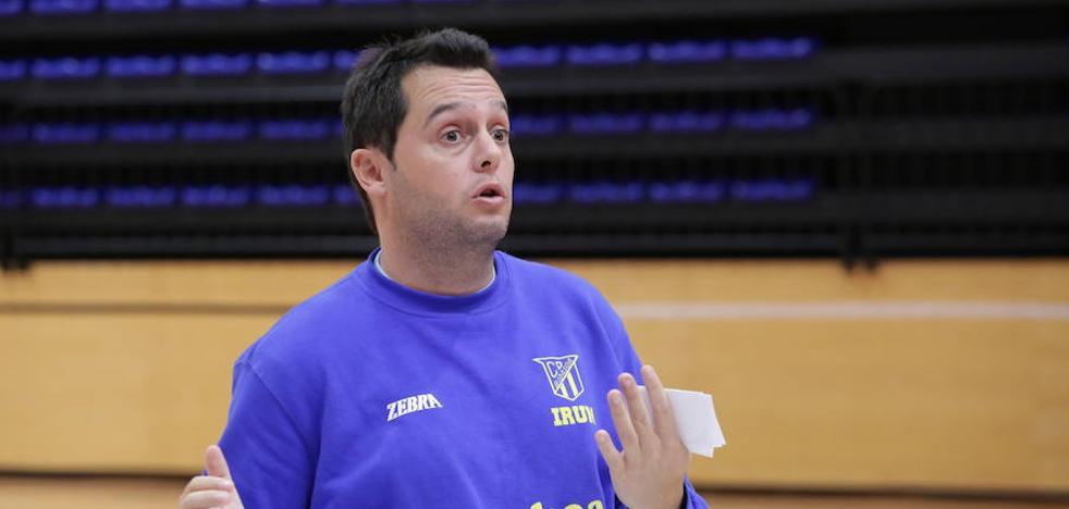 El entrenador del Bidasoa reconoce su decepción por la eliminación copera